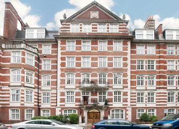 4 bed flat to rent in Hanover House, St John's Wood High Street NW8