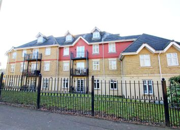 Thumbnail 2 bedroom flat to rent in London Road, Bushey