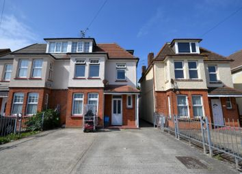 Thumbnail 3 bedroom flat to rent in West Avenue, Clacton On Sea, Essex