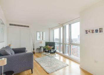 Fairmont Avenue, Canary Wharf, London E14. 1 bed flat