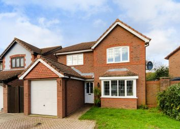 4 bed detached house to rent in Hollingworth Close, West Molesey KT8