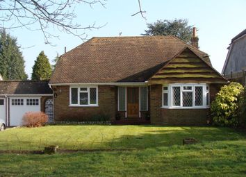 Thumbnail 3 bed bungalow to rent in Park Rise, Northchurch, Berkhamsted