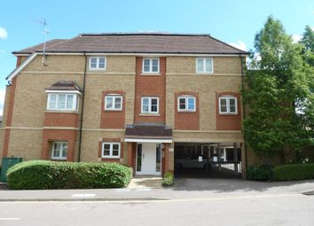 Thumbnail 2 bed flat to rent in Wellsfield, Bushey