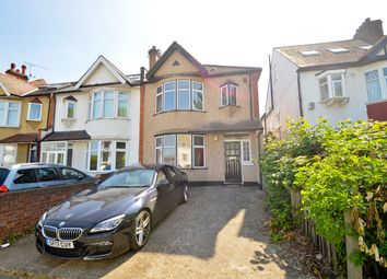 Thumbnail 3 bed terraced house for sale in Kings Avenue, London