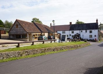 Thumbnail Pub/bar for sale in Holton, Nr Wincanton