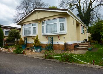 Thumbnail 1 bedroom mobile/park home for sale in Manor Road, Woodside, Luton