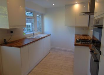 Thumbnail 4 bed detached house to rent in Minton Rise, Taplow, Maidenhead