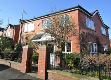 3 bed semi-detached house to rent in Yew Street, Manchester M15