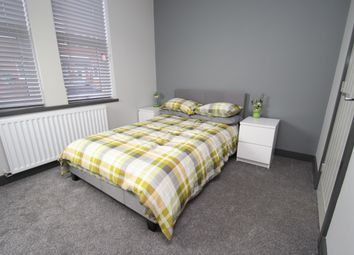 Thumbnail Room to rent in Cambridge Street, Castleford, Leeds