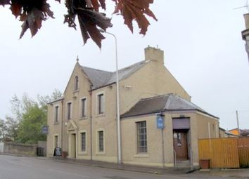 Thumbnail Pub/bar for sale in High Street, Cowdenbeath, Fife