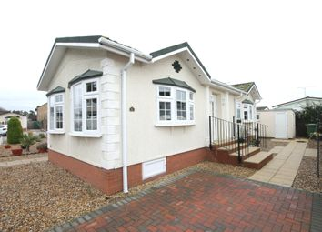 Thumbnail 2 bed mobile/park home for sale in Waterbech Court, Waterbeach