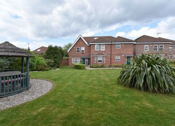 Thumbnail 1 bed flat for sale in The Walk, Potters Bar
