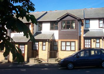 Thumbnail 2 bed flat to rent in Wharf Road, Hemel Hempstead