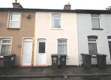 2 bed property to rent in Sun Road, Swanscombe DA10