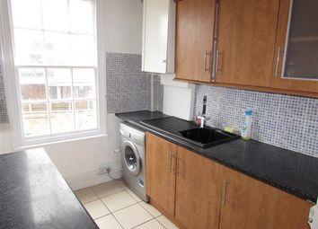 1 bed maisonette to rent in Queens Street, Maidenhead, Berkshire SL6
