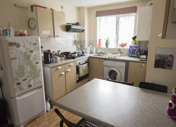 Thumbnail 3 bedroom flat to rent in Delph Lane, Hyde Park, Leeds