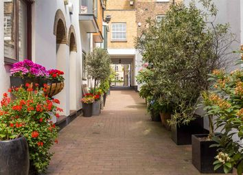 Thumbnail 2 bed property to rent in Kinnerton Street, London