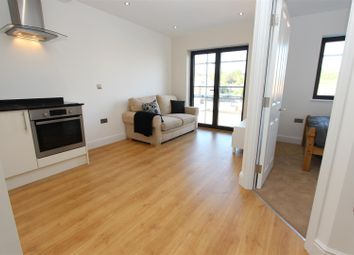Thumbnail 1 bed flat for sale in Swan Court, Waterhouse Street, Town Centre, Hemel Hempstead
