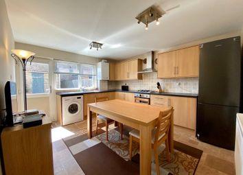 Larkfields, Northfleet, Kent DA11. 3 bed terraced house