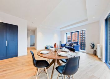 Thumbnail 2 bed flat to rent in Orchard Place, London