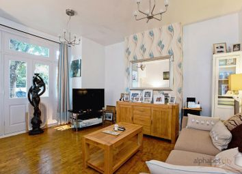 Thumbnail Flat for sale in Montalt Road, Woodford Green