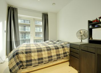 Thumbnail 1 bed flat to rent in Dashwood House, Longfield Road, Ealing