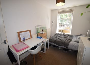 Thumbnail 3 bed flat to rent in Drysdale Place, London