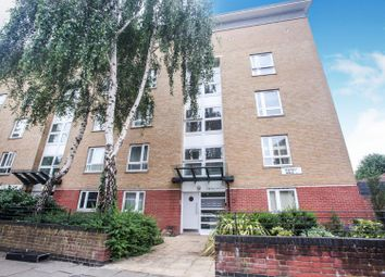 Thumbnail 1 bedroom flat for sale in 24 Ramsey Walk, Islington