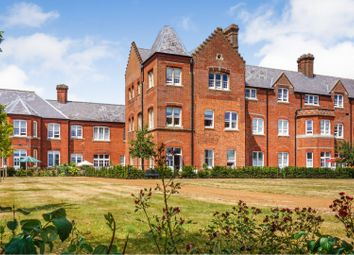 Thumbnail 2 bed flat for sale in Basildon Court, Wallingford