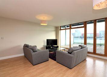 Western Beach, London E16. 2 bed flat
