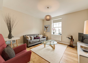 Thumbnail 2 bed flat to rent in Goulston Street, London