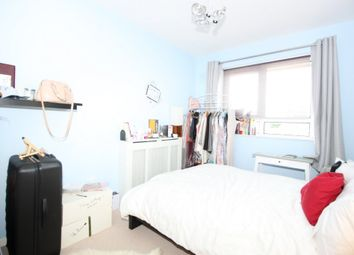 Thumbnail Room to rent in Wiltshire Close, Chelsea