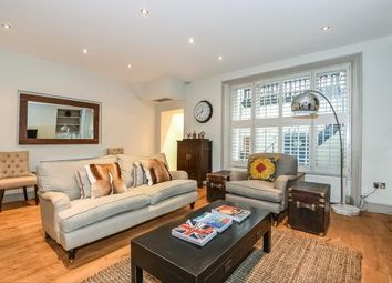 Thumbnail 2 bedroom flat for sale in Clanricarde Gardens W2,