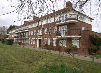Thumbnail 3 bed flat to rent in Reservoir Road, London N14, Oakwood,