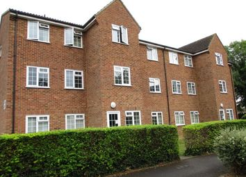 Thumbnail 1 bed flat to rent in Hazelbank Road, Chertsey