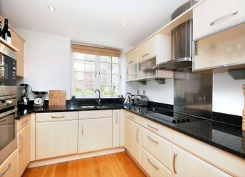 Thumbnail 3 bed flat to rent in Arcadian Place, Southfields