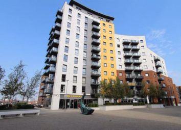 Centenary Plaza, Southampton SO19. 3 bed flat for sale