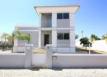 Thumbnail 4 bed villa for sale in Portugal, Algarve, Albufeira