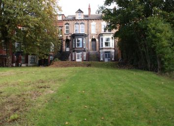 Thumbnail 5 bed terraced house to rent in Moorland Avenue, Hyde Park, Leeds