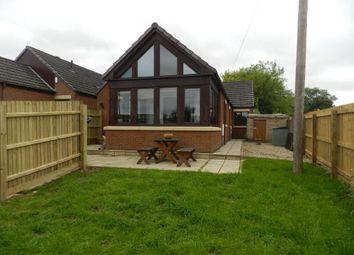 Thumbnail 4 bed bungalow to rent in Watling Street, Weedon, Northampton