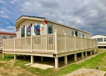 Thumbnail 2 bed mobile/park home for sale in Beach Road, St Osyth, Nr Clacton-On-Sea