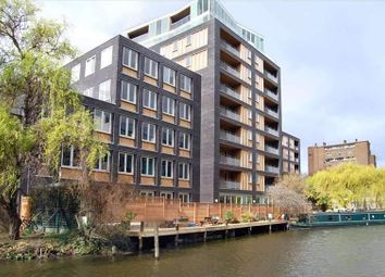Thumbnail Serviced office to let in Wharf Road, London