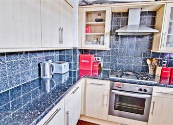 Thumbnail 3 bed flat to rent in Old Castle Street, Spitalfields, London