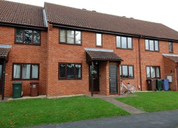 Thumbnail 2 bed flat for sale in Maple Court, Kidlington