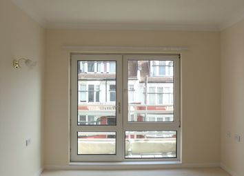 Thumbnail 1 bed flat to rent in Homecove House, Holland Road, Westcliff-On-Sea, Essex