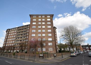 Thumbnail 2 bedroom flat to rent in Ashford Court, London