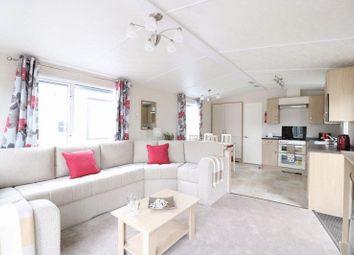 Thumbnail 2 bedroom mobile/park home for sale in Sandy Balls Holiday Centre, Godshill, Fordingbridge