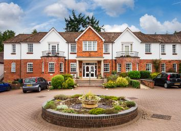 Thumbnail 2 bedroom flat for sale in War Memorial Place, Henley-On-Thames