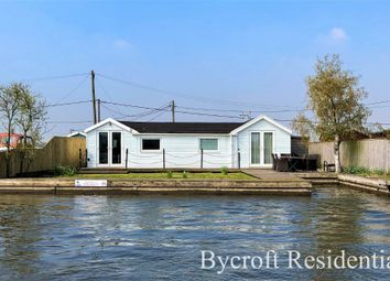 Thumbnail 3 bed detached bungalow for sale in North West Riverbank, Potter Heigham, Great Yarmouth