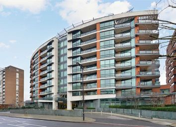 Thumbnail 3 bedroom flat to rent in Pavilion Apartments, London